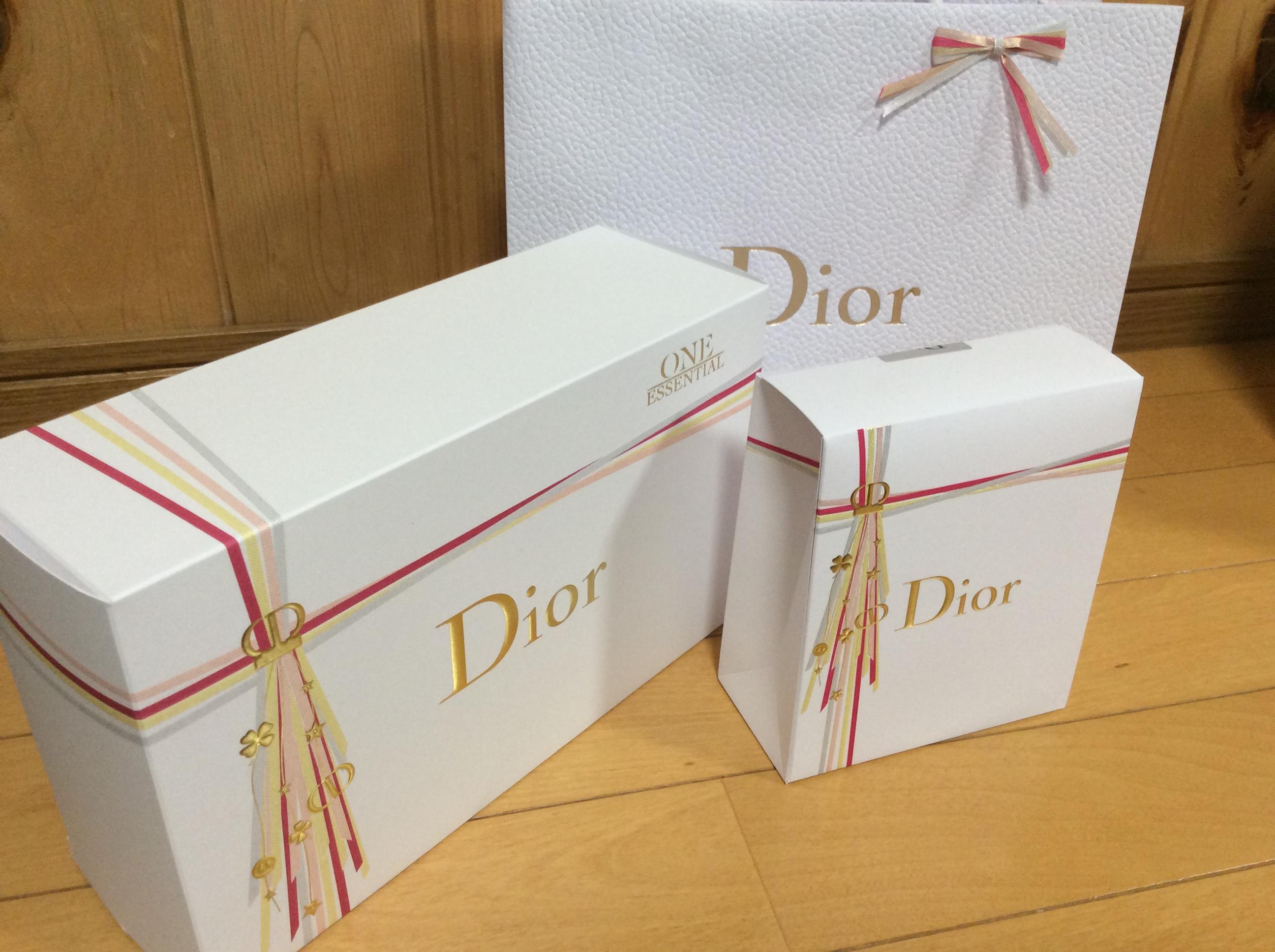 Dior 2018 クリスマス ラッピング ギフト
