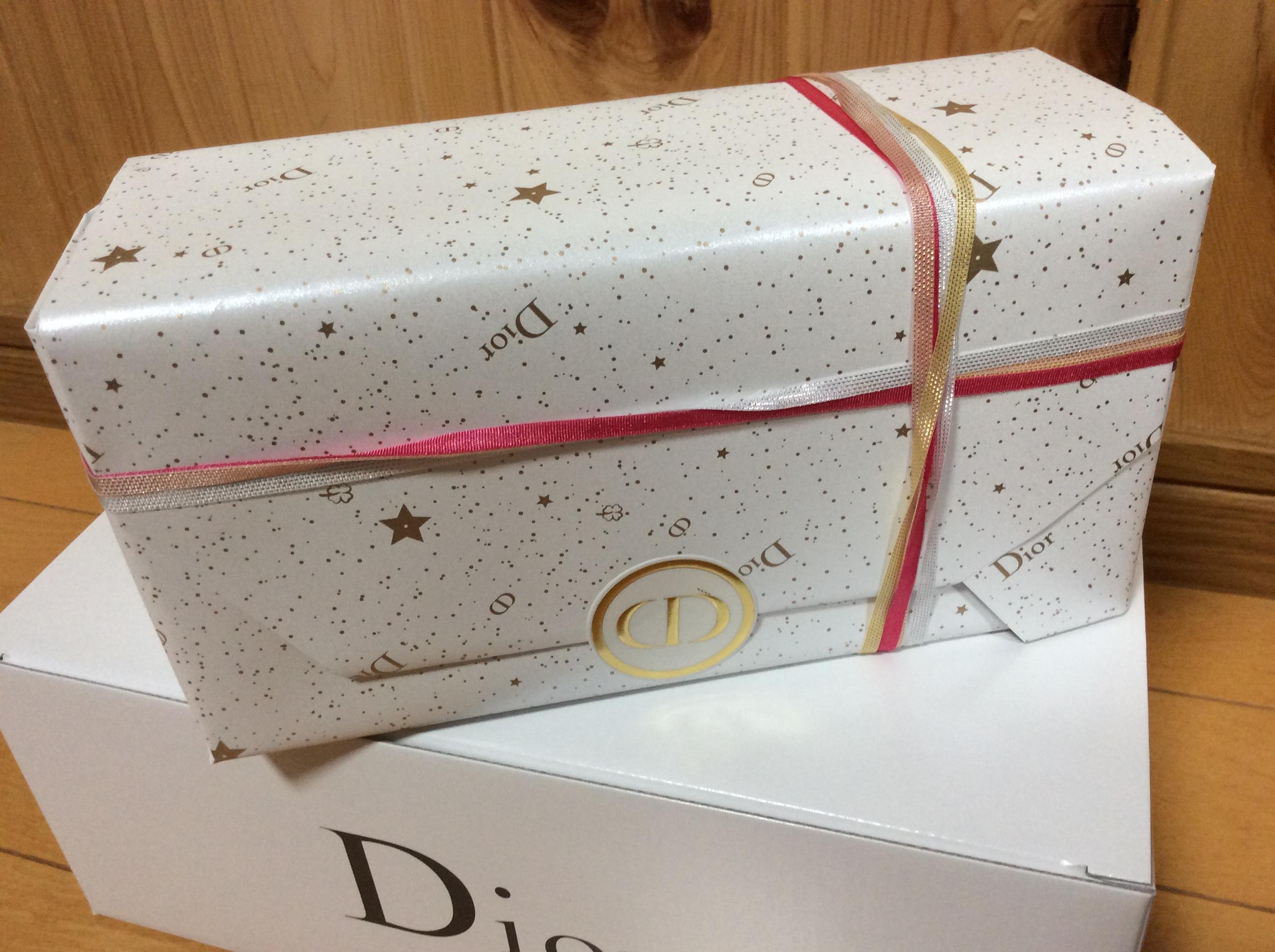 Dior ディオール クリスマスコフレ プレステージ ラッピング 包装